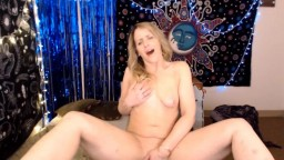 Slutty woman Summer Woods who loves playing and having fun