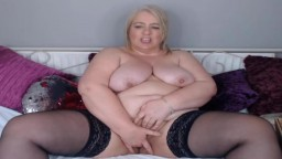 Curvy old British mom with 38F tits pounds creamy cunt
