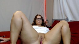 Thick naughty Isabella Quinn with glasses and juicy tits