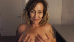 Inked horny mother Tara Jane with natural huge titties