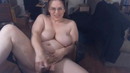 Natural rounded mature curvaceous Kalista with big tits