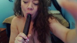 Hot Mariah Monroe with perfect ass fucked a big black toy