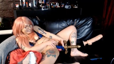 Cute babe Daisy with pink hair loves gets fucked big toys