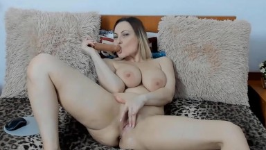 Posh pale housewife Ray in good shape fucks creamy vagina