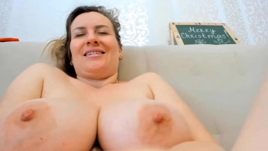 Natural curvy dream girl is ready to have a great time