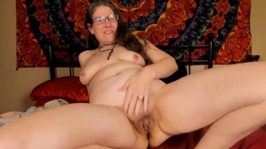 Quirky cosmic nerdy slut MILF is eager to tease and please