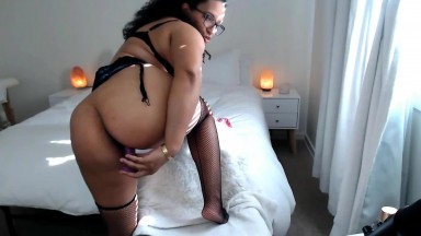 Ebony beauty Tina want to watch you stroke your big cock