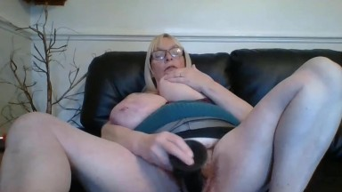 Horny UK MILF Jade with natural big tits is ready for you