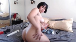 Lovely Chinese doll Mia Li with chic body and sexy voice