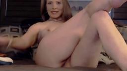 Erotic mature goddess Robin with sexy smile masturbates and enjoys