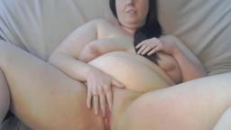 Hot Canadian BBW vixen Ashlee getting a real orgasm